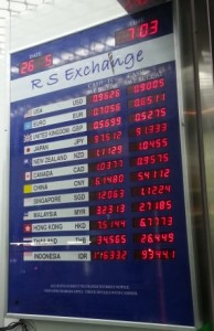 Should I Exchange Money Before I Go Over Seas