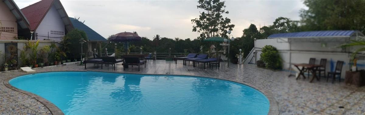 Swimming Pool Noble Night Guesthouse Kanchanaburi Thailand